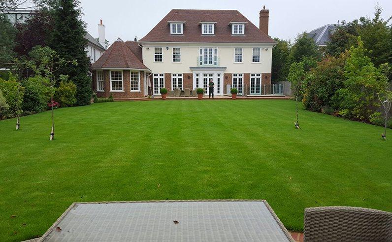 Rolawn Medallion Turf >> London Lawn Turf Co Polhill Garden Centrepolhill Garden